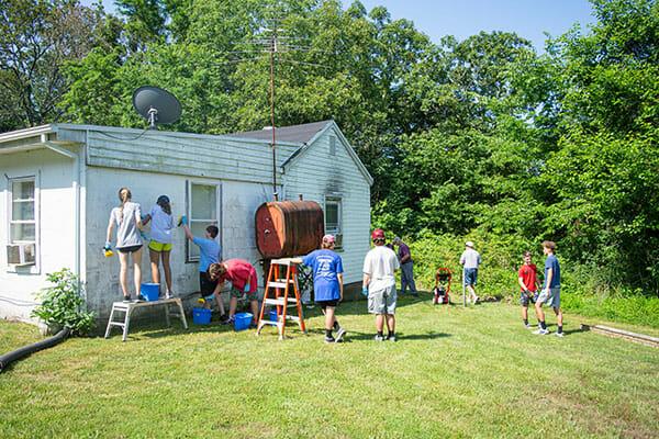 Fauquier Community Coalition, SERVE Fauquier members fixing a house